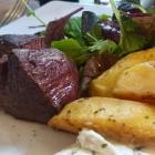 Foto zu Café-Restaurant ANNO 1900: Steak vom Schwerstedter Strauß