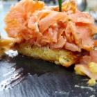 Foto zu Café-Restaurant ANNO 1900: Gebeizter Lachs auf Kartoffelrösti