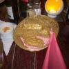 Brötchenscheiben vom Aufgebackenem und Frischkäsecreme als Wartezeitverkürzer