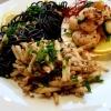 Aus der Küche PetraIO: Jakobsmuscheln mit Hopfensprossen und Sepiaspaghetti