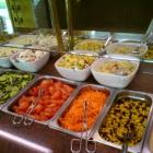 Foto zu Waldschlößchen: Salatbar.