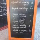 Foto zu Zum Keschdebusch: Tafel mit Tagesempfehlungen