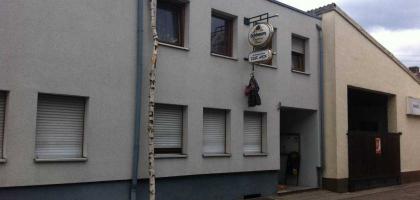 fotos zur hex restaurant vereinsheim in 76676 graben neudorf. Black Bedroom Furniture Sets. Home Design Ideas