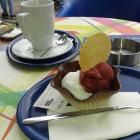 Foto zu Eiscafé am Gänsemarkt: 2 Kugeln Eis = 2,-€