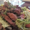 Rumpsteakstreifen mit Salat