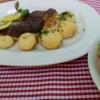 Forelle mit Kartoffeln und Salat