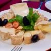 Käseplatte im Feinkostladen: Immer eine gute Idee!
