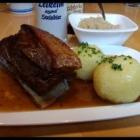 Foto zu Zum Preußla: Schäuferla mit Kloß (Sonntag Mittagstisch)