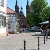 Vom Tisch aus Blick auf die Basilika
