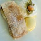Foto zu Klosterschenke: 12.08.21. Apfelstrudel mit Vanilleeis  und Sahne