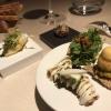 Amuses Bouches (vorne: Hummermayo & Exotic-Eis / Estragonsalat auf Wachtelei / Apfel-Käse)
