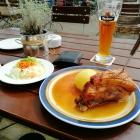 Foto zu Zum Krebs: ´s Schäufele mit Kloß & Salat