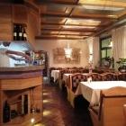 Foto zu Restaurant Sto Castello: Innenansicht Hauptgastraum