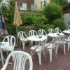 Gartenterrasse des Eiscafés
