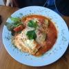 Canneloni Provenziale  mit Spinat gefüllt, mit Tomatensauce und Käse überbacken (7,80€).