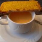 Foto zu Haus Henkenjohann: Süßkartoffelsuppe