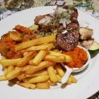 Foto zu Websweiler Hof: Grillteller