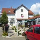 Foto zu Gasthaus Oberer Wirt: Außenbereich 2016