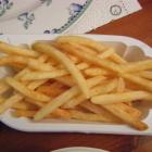 Foto zu Gaststätte Zur Linde Bischmisheim: Pommes zum Rumpsteak