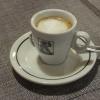 Espresso macchiato € 2,--