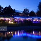 Foto zu Cafe-Restaurant Inselblick: Abendstimmung am Chiemsee