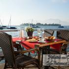 Foto zu Cafe-Restaurant Inselblick: Frühstücken direkt am Chiemsee im Cafe-Restaurant Inselblick