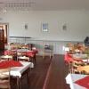Gastraum und Salatbuffet