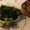 gebackenen Camembert mit Salatteller (9,50 €).