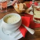 Foto zu Zucker & Salz - Cafe am alten Rathaus: Spargelcremesuppe