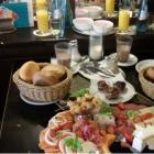 Foto zu Cafe House Journal: Gourmet Frühstücksplatte