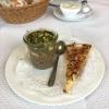 Küchengruß Knödelsuppe und Flammkuchen