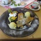 Foto zu Historisches Hotel Restaurant Stampfermühle: Heidelbeerpfannküchle mit Eis