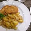 Schnitzel Wiener Art/Bratkartoffeln/Blattsalatteller