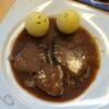Ochsenbraten mit Kartoffelknödel mit Salat ( 11,00€